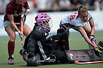 GER - Mannheim, Germany, June 04: During the Final4 semi-final Damen hockey match between Muenchner SC (red) and Rot-Weiss Koeln(white) on June 4, 2016 at Mannheimer HC in Mannheim, Germany. Final score 0-1 (HT 0-0). (Photo by Dirk Markgraf / www.265-images.com) *** Local caption *** Julia Ciupka of Rot-Weiss Koeln