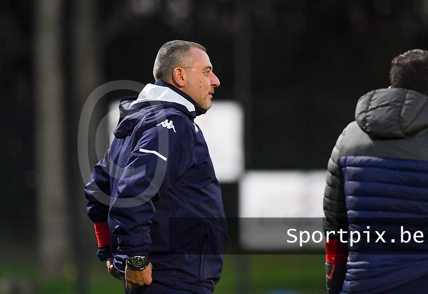 assistant coach  Giovanni Dolore of Sporting Charleroi pictured during a female soccer game between Sporting Charleroi and Club Brugge YLA on the fourth matchday of the 2020 - 2021 season of Belgian Scooore Womens Super League , friday 9 nd of October 2020  in Marcinelle , Belgium . PHOTO SPORTPIX.BE | SPP | DAVID CATRY