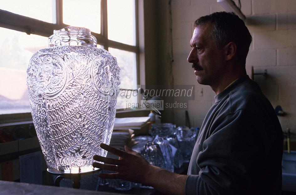 Europe/France/Alsace/67/Bas-Rhin/Winger-sur-Moder : Usine Lalique (fabrication de produit en cristal) [Non destiné à un usage publicitaire - Not intended for an advertising use]