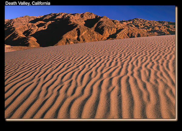 This side-lighting doesn't last long, determine your composition beforehand if possible. <br />
