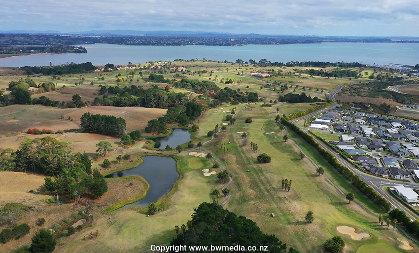 """Empty greens at Formosa. Golf during Level 3 Covid 19 isolation regulations. Players playing as part of their """"bubble"""" or solo. Whitford park and Formosa Golf Courses. Thursday 30 April 2020. Photo: Simon Watts/www.bwmedia.co.nz"""