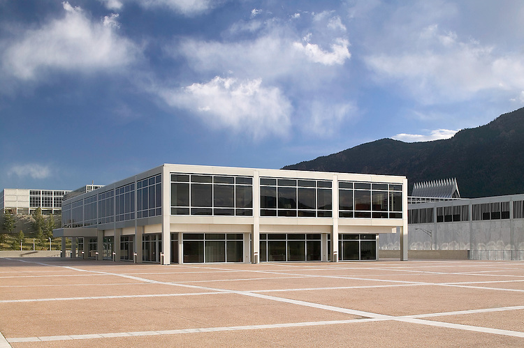 US Air Force Academy Falcon Athletic Complex   Architect: HNTB