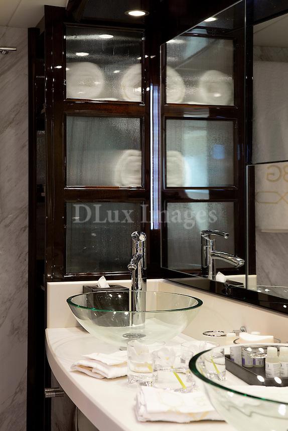 luxury boat bathroom