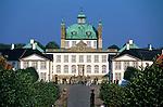 Denmark, Zealand, Fredensborg: Fredensborg Castle | Daenemark, Insel Seeland, Fredensborg: Schloss Fredensborg