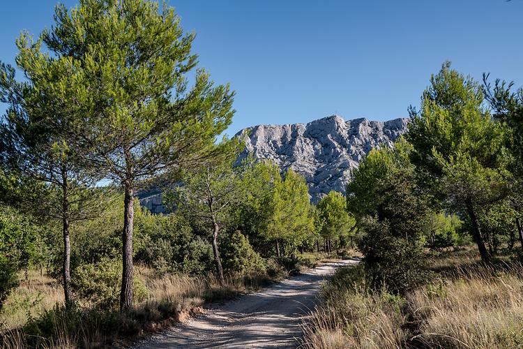 Montagne Sainte-Victoire vers Saint-Antonin