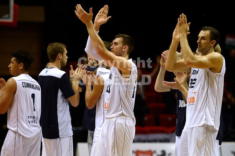GRONINGEN - Basketbal, Donar - Kormend, Martiiniplaza, Europa Cup, seizoen 2016-2017,  29-10-2016 Donar bedankt de fans