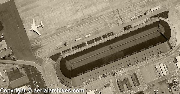 historical aerial photograph Hangar One Moffett Field, Mountain View, California, 1961