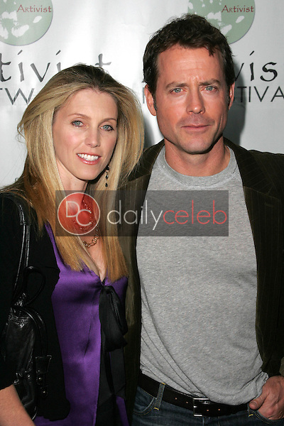 """Helen Labdon and Greg Kinnear<br />at the Los Angeles Premiere of """"Fast Food Nation"""". Egyptian Theater, Hollywood, CA. 11-10-06<br />Dave Edwards/DailyCeleb.com 818-249-4998"""