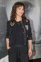 juliette binoche en photocall dans la suite kering pendant le soixante neuvieme festival du film a cannes hotel majestic le dimanche 15 mai 2016