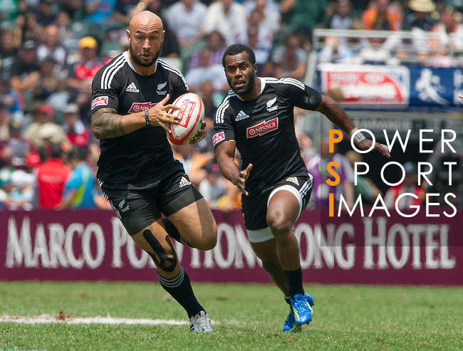 New Zealand vs Wales on Day 3 of the 2012 Cathay Pacific / HSBC Hong Kong Sevens at the Hong Kong Stadium in Hong Kong, China on 25th March 2012. Photo © Manuel Queimadelos  / The Power of Sport Images