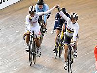 CALI – COLOMBIA – 19-02-2017: Kristina Vogel (Der.) de Alemania gana medalla de oro y Martha Bayona (Izq.) de Colombia, gana medalla de plata en la prueba Keirin Damas en el Velodromo Alcides Nieto Patiño, sede de la III Valida de la Copa Mundo UCI de Pista de Cali 2017. / Kristina Vogel (R) from Alemania win the gold medal and Martha Bayona(L) from Colombia, the silver medal in the Keirin Women Race at the Alcides Nieto Patiño Velodrome, home of the III Valid of the World Cup UCI de Cali Track 2017. Photo: VizzorImage / Luis Ramirez / Staff.