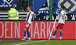 05.10.2019,  GER; 2. FBL, Hamburger SV vs SpVgg Greuther Fuerth ,DFL REGULATIONS PROHIBIT ANY USE OF PHOTOGRAPHS AS IMAGE SEQUENCES AND/OR QUASI-VIDEO, im Bild Sonny Kittel (Hamburg #10) schiesst das 2-0 fuer Hamburg vorbei an Torhueter Sascha Burchert (Fuerth #30) und jubelt mit der Mannschaft Foto © nordphoto / Witke *** Local Caption ***