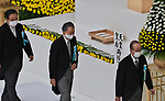 (L-R)Japan's Former Prime Minister Yoshihiko Noda, Yukio Hatoyama and Yasuo Fukuda offer flowers during the memorial service for the war dead of World War II marking the 75th anniversary in Tokyo, Japan on August 15, 2020. (Photo by AFLO)