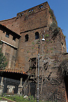 Rome, piazza Fiume: A small beautiful corner of the Aurelian walls just behind piazza Fiume (Fiume square). The penthouse was used as a shelter for lovers and homeless. There are openings on the top of the walls.