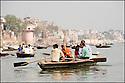 2006- Inde- Varanasi, embarcation sur le Gange.