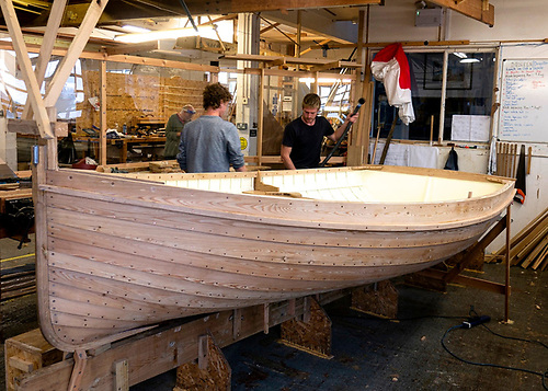 We have a boat…..with six very different boats being built together by 18 trainees, the cross-fertilisation of ideas is an essential part of the programme