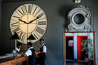 MADAGASCAR city Antananarivo , Café de la Gare at railway station Soarano /MADAGASKAR Hauptstadt Antananarivo, Café de la Gare am Bahnhof Soarano