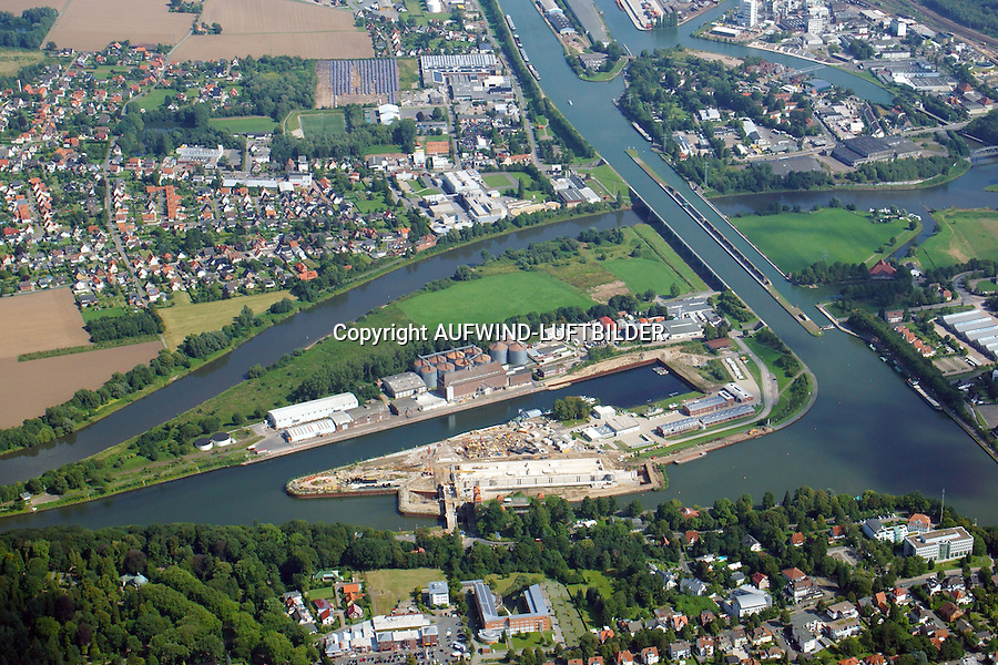Wasserstrassenkreuz: EUROPA, DEUTSCHLAND, NORDRHEIN WESTFALEN, MINDEN (EUROPE, GERMANY), 29.08.2015: Wasserstrassenkreuz Minden
