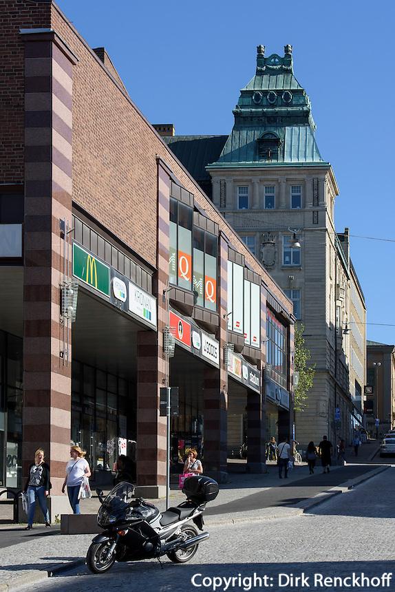 Einkaufsstraße Landbrogatan in Karlskrona, Provinz Blekinge, Schweden, Europa, UNESCO-Weltkulturerbe<br /> Shopping street Landbrogatan  in Karlskrona, Province Blekinge, Sweden
