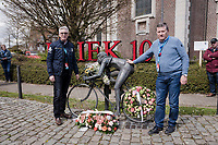 In 2019 the legendary 'Flandrien' Briek Schotte would've celebrated his 100th anniversary. Exactly 15 years earlier he died on the day of the Tour of Flanders (which he won twice).<br /> The race organisers stopped during the race in Schotte's birthtown of Kanegem to pay tribute to this cycling legend.<br /> <br /> 74th Dwars door Vlaanderen 2019 (1.UWT)<br /> One day race from Roeselare to Waregem (BEL/183km)<br /> <br /> ©kramon