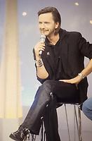 Renaud<br /> emission TV stars 90<br /> 1993<br /> © MORGANE/ DALLE