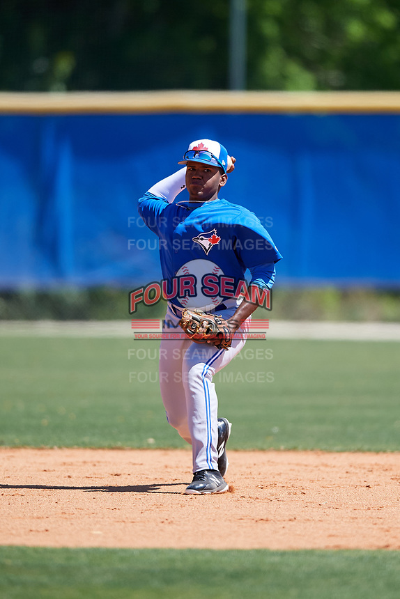 Toronto Blue Jays Miguel Hiraldo (18) during a Minor League Spring Training Intrasquad game on March 14, 2018 at Englebert Complex in Dunedin, Florida.  (Mike Janes/Four Seam Images)
