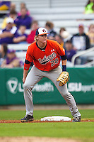 Auburn Tigers first baseman Garrett Cooper #28 on defense against the LSU Tigers in the NCAA baseball game on March 23, 2013 at Alex Box Stadium in Baton Rouge, Louisiana. LSU defeated Auburn 5-1. (Andrew Woolley/Four Seam Images).