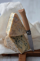 Europe/France/Rhone-Alpes/73/Savoie: Fromage Bleu de Bonneval // Europe / France / Rhone-Alpes / 73 / Savoie: Bleu Cheese from Bonneval