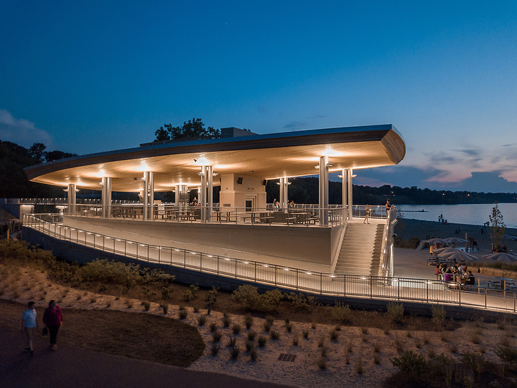 Edgewater Beach House | Bialosky