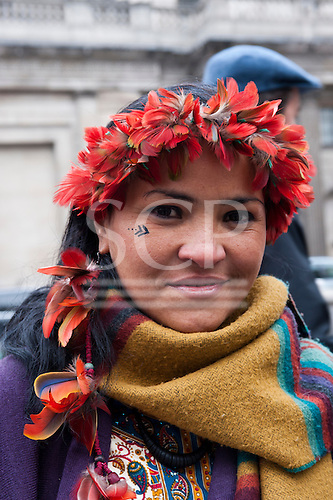 London, England. Sheyla Yakarepi Juruna outside the offices of the Brazilian development bank BNDES during her visit with Chief Almir Narayamoga Surui and Ruth Buendia Mestoquiari Ashaninka to London to highlight the impact of hydroelectric dams proposed for the rivers of the Amazon basin, 02/03/2011.
