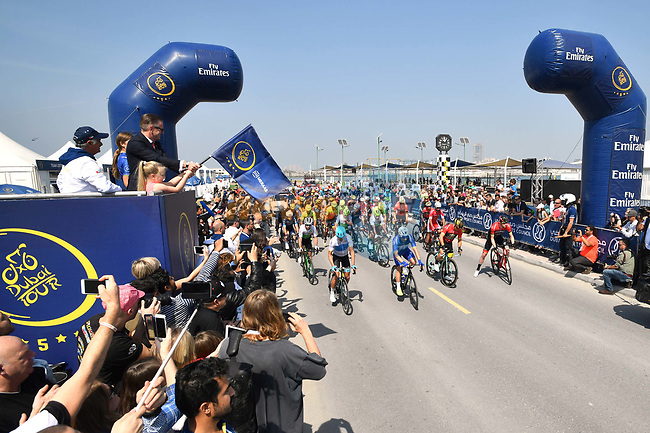 The start of Stage 5 The Meraas Stage final stage of the Dubai Tour 2018 the Dubai Tour's 5th edition, running 132km from Skydive Dubai to City Walk, Dubai, United Arab Emirates. 10th February 2018.<br /> Picture: LaPresse/Massimo Paolone | Cyclefile<br /> <br /> <br /> All photos usage must carry mandatory copyright credit (© Cyclefile | LaPresse/Massimo Paolone)