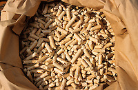 Deutschland Holzpellets zum Heizen / GERMANY wooden pellets for heating