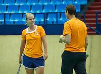 Moskou, Russia, Februari 3, 2016, Fed Cup Russia-Netherlands,  Practise Dutch team,   Richel Hogenkamp with captain Paul Haarhuis<br /> Photo: Tennisimages/Henk Koster