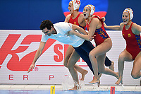 OCA Miguel coach of Spain and players celebrate the victory <br /> Budapest 25/01/2020 Duna Arena <br /> SPAIN (white caps) Vs. RUSSIA (blue caps) Women <br /> Final 1st - 2nd place <br /> XXXIV LEN European Water Polo Championships 2020<br /> Photo  © Andrea Staccioli / Deepbluemedia / Insidefoto
