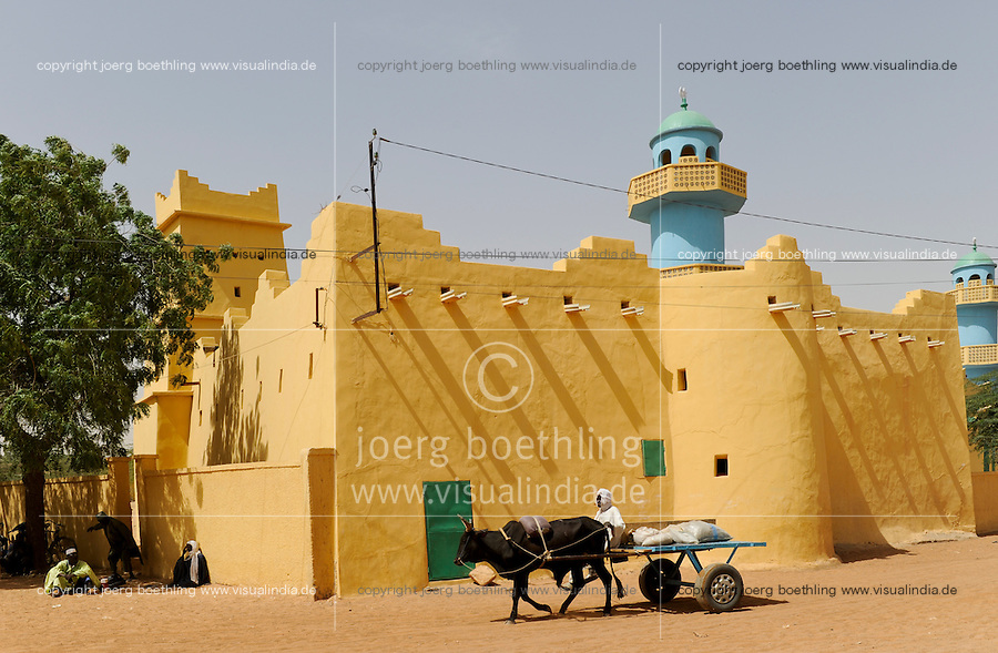 NIGER Zinder, great mosque at sultan palace / NIGER Zinder, Grosse Moschee am Sultan Palast