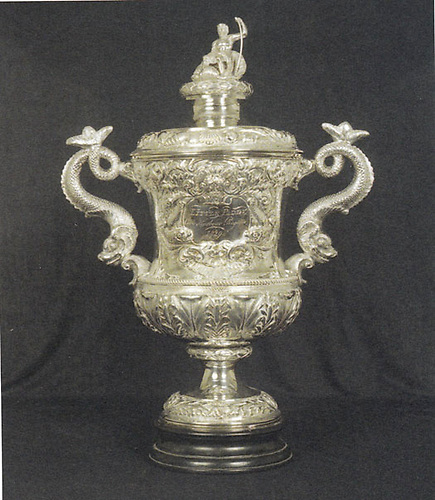 The Cork Harbour Regatta Cup of 1829, won by Caulfield Beamish in the same year as he competed in the Dublin Regatta, is now displayed in the RCYC Trophy Cabinet in Crosshaven. Photo courtesy RCYC