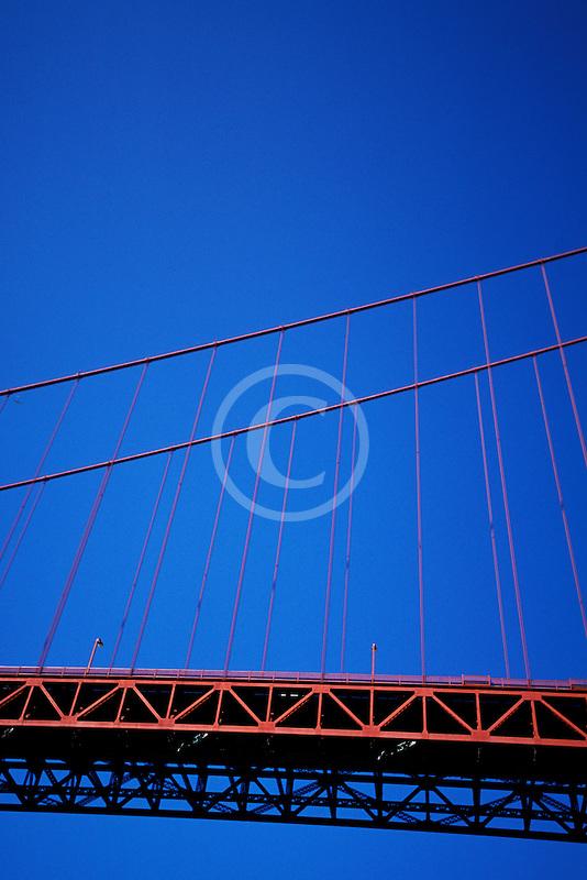 California, San Francisco Bay, Golden Gate Bridge from below