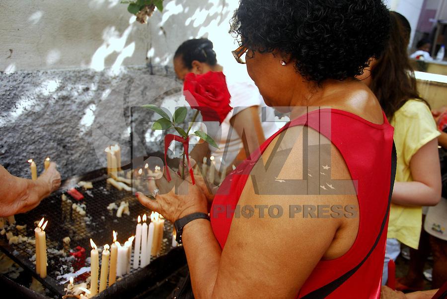 MISSA E MOVIMENTAÇÃO DO PODROEIRO DA CIDADE DO RIO DE JANEIRO NA IGREJA DOS CAPUCHINHOS. RIO DE JANEIRO, 20 DE JANEIRO 2013. Nesta manhã de domingo (20) foi celebrada a missa do padroeiro da cidade do Rio de Janeiro São Sebastião.  A primeira missa é realizada na Igreja dos Capuchinhos na Tijuca, zona norte da cidade fluminense, onde teve a chegada dos restos mortais de Odetinha menina que morreu com 9 anos e estão aguardando a Beatificação..FOTO RONALDO BRANDÃO / BRAZIL PHOTO PRESS
