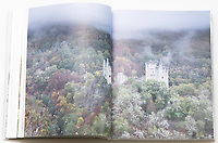 """Livre """"Sites remarquables du Limousin"""", Corrèze, Tours de Merle Livre, """"Sites remarquables du Limousin, La Corrèze"""""""