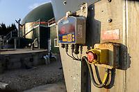 TURKEY Bandirma, Edincik, 2.1 MW biogas plant of company Telko where chicken dung from surrounded chicken farms is fermented to gas which is used for generation of electric power, biogas plant was installed by german company Bioconstruct / TUERKEI Bandirma, Edincik, 2.1 MW Biogasanlage der Firma Telko, hier wird Huehnermist von umliegenden Huehnereier Legebatterien zu Biogas und Strom, die Anlage wurde von der deutschen Firma BioConstruct errichtet