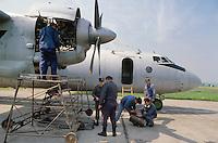 - Antonov 26 aircraft of 13 ° regiment  Freight Air Force of Krakow..- aerei Antonov 26 del 13° reggimento Aviazione da Trasporto di Cracovia