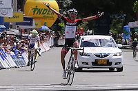 MEDELLÍN -COLOMBIA-21-06-2013. Jonathan Millán, del equipo GW Shimano ganó la décima segunda etapa de la Vuelta a Colombia Supérate 2103 que se cumplió entre las ciudades de Doradal y Medellín con un recorido 174 kilómetros./ Jonathan Millan of GW Shimano team won the 12th stage of Vuelta a Colombia Superate 2013 made between the cities of Doradal and Medellin with a distance of 174 Km.  Photo:VizzorImage/Luis Ríos/STR