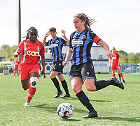 Ellen Martens (2) of Club Brugge  pictured in front of Fon Welma (2) of Standard  during a female soccer game between Club Brugge Dames YLA and Standard Femine de Liege on the seventh matchday in Play-Off 1 of the 2020 - 2021 season of Belgian Scooore Womens Super League , saturday 15 May 2021  in Brugge , Belgium . PHOTO SPORTPIX.BE   SPP   DAVID CATRY
