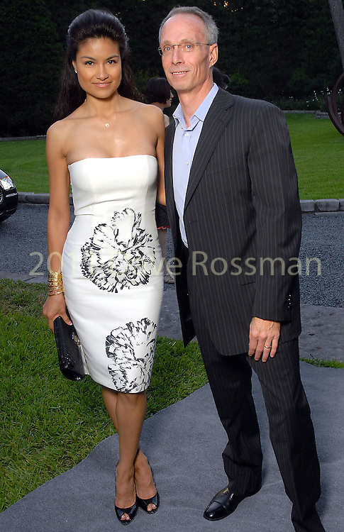 Suzanne and Paul Getty at the Art in the Park benefit at the home of Becca and John Thrash Wednesday May 20,2009.(Dave Rossman/For the Chronicle)