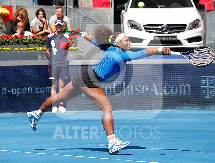 Serena Williams (USA) during Mutua Madrid Open 2012 match on may 7th 2012...Photo: Cesar Cebolla / ALFAQUI