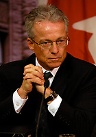 Toronto (ON) - May 29, 2007 - <br /> <br />  Brian Beamish , Assistant Commissioner Access,listen while <br /> Information and<br /> Privacy Commissioner (Ontario) (Dr.) Ann Cavoukian released her 2006<br /> Annual Report today, is basing her criticism on the type of appeals her<br /> office is receiving when government organizations refuse to disclose<br /> requested information.<br /> <br /> photo by Dominic Chan Images Distribution