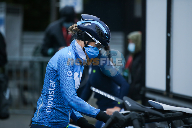 Movistar Team Women at sign on before Liege-Bastogne-Liege Femmes 2020, running 135km from Liege to Liege, Belgium. 4th October 2020.<br /> Picture: ASO/Thomas Maheux | Cyclefile<br /> All photos usage must carry mandatory copyright credit (© Cyclefile | ASO/Thomas Maheux)