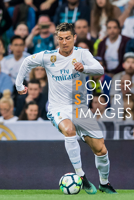 Cristiano Ronaldo of Real Madrid in action during the La Liga 2017-18 match between Real Madrid and Athletic Club Bilbao at Estadio Santiago Bernabeu on April 18 2018 in Madrid, Spain. Photo by Diego Souto / Power Sport Images