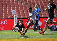 New Zealand's Stacey Fluhler scores during the women's pool match against Fiji on day two of the 2020 HSBC World Sevens Series Hamilton at FMG Stadium in Hamilton, New Zealand on Sunday, 26 January 2020. Photo: Dave Lintott / lintottphoto.co.nz