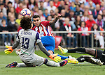 Angel Correa of Atletico de Madrid in action during their La Liga match between Atletico de Madrid and Granada CF at the Vicente Calderon Stadium on 15 October 2016 in Madrid, Spain. Photo by Diego Gonzalez Souto / Power Sport Images